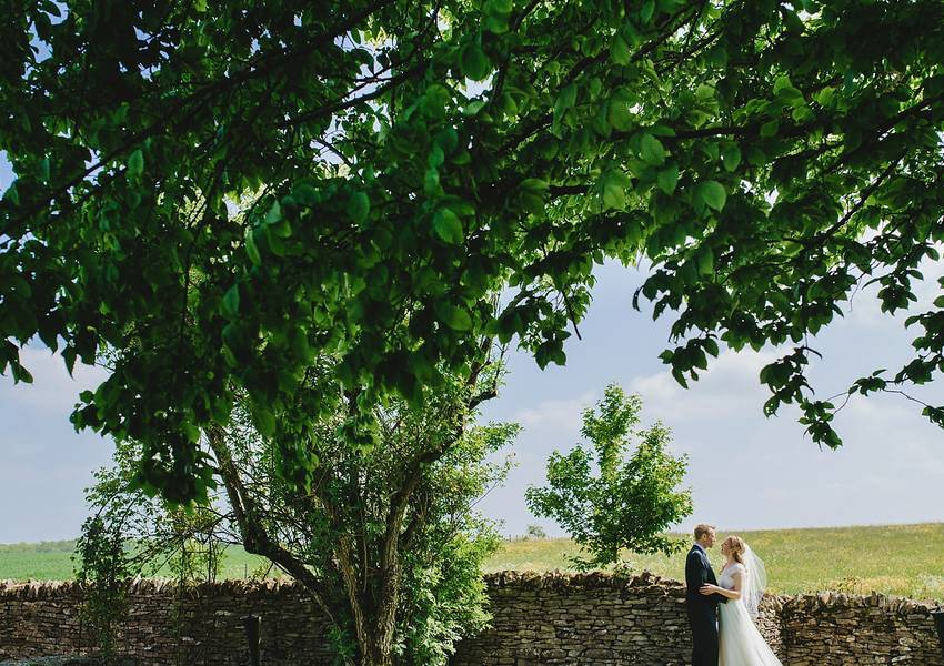 Cripps Barn Wedding Photography: Sarah & Jonny