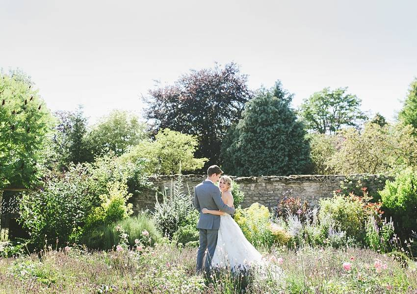 Pretty Summer Wedding Photography at Caswell House
