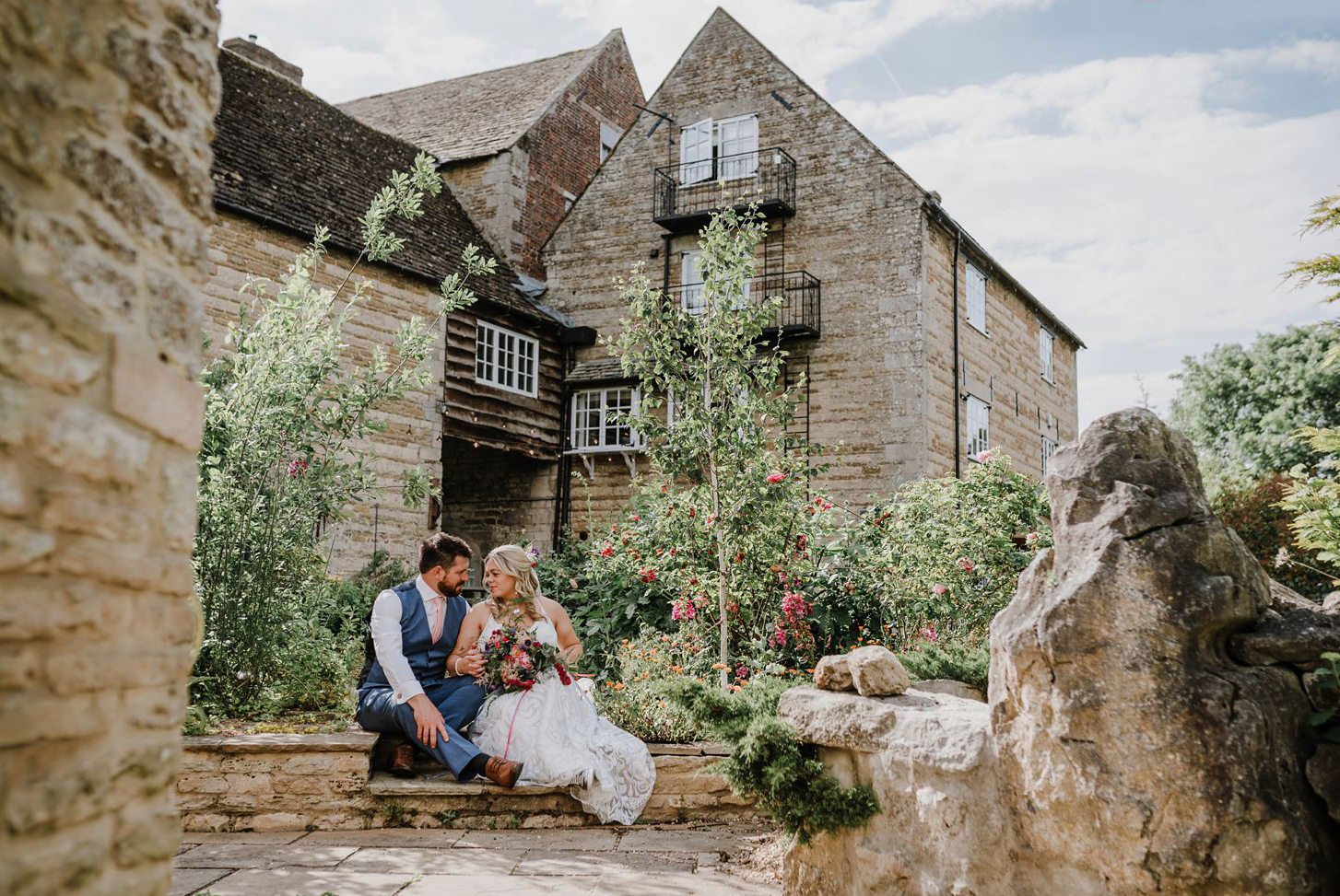 Relaxed & Colourful Wedding at The Granary Deeping